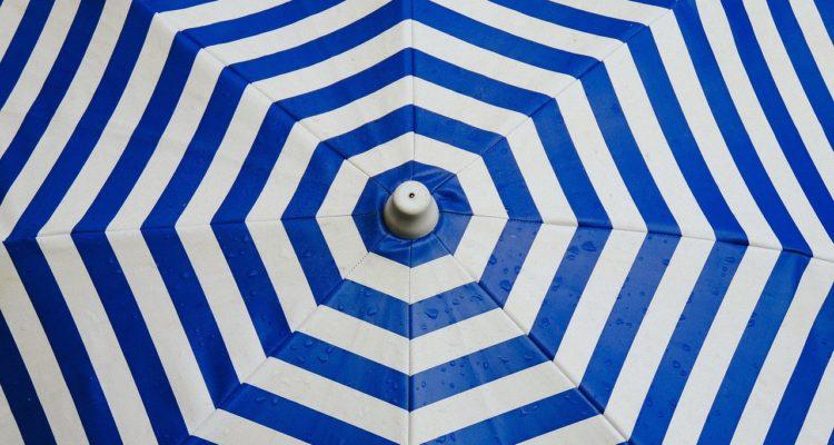 umbrella-691229_1280